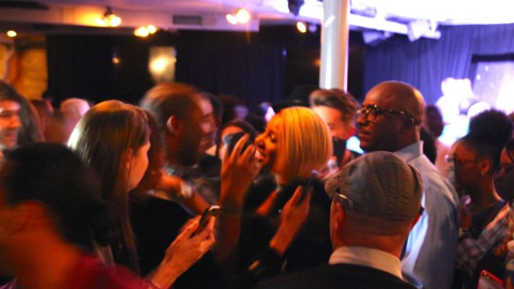 Fans swarm Nene Leakes Live At The Comedy Zone