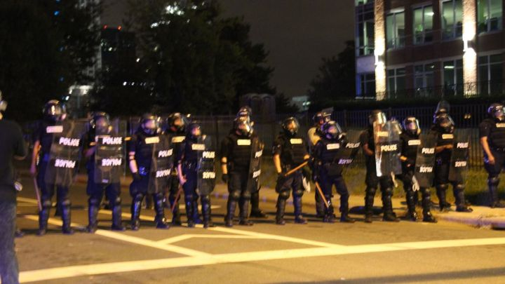 Police Prevent Protestors From Getting On I-277