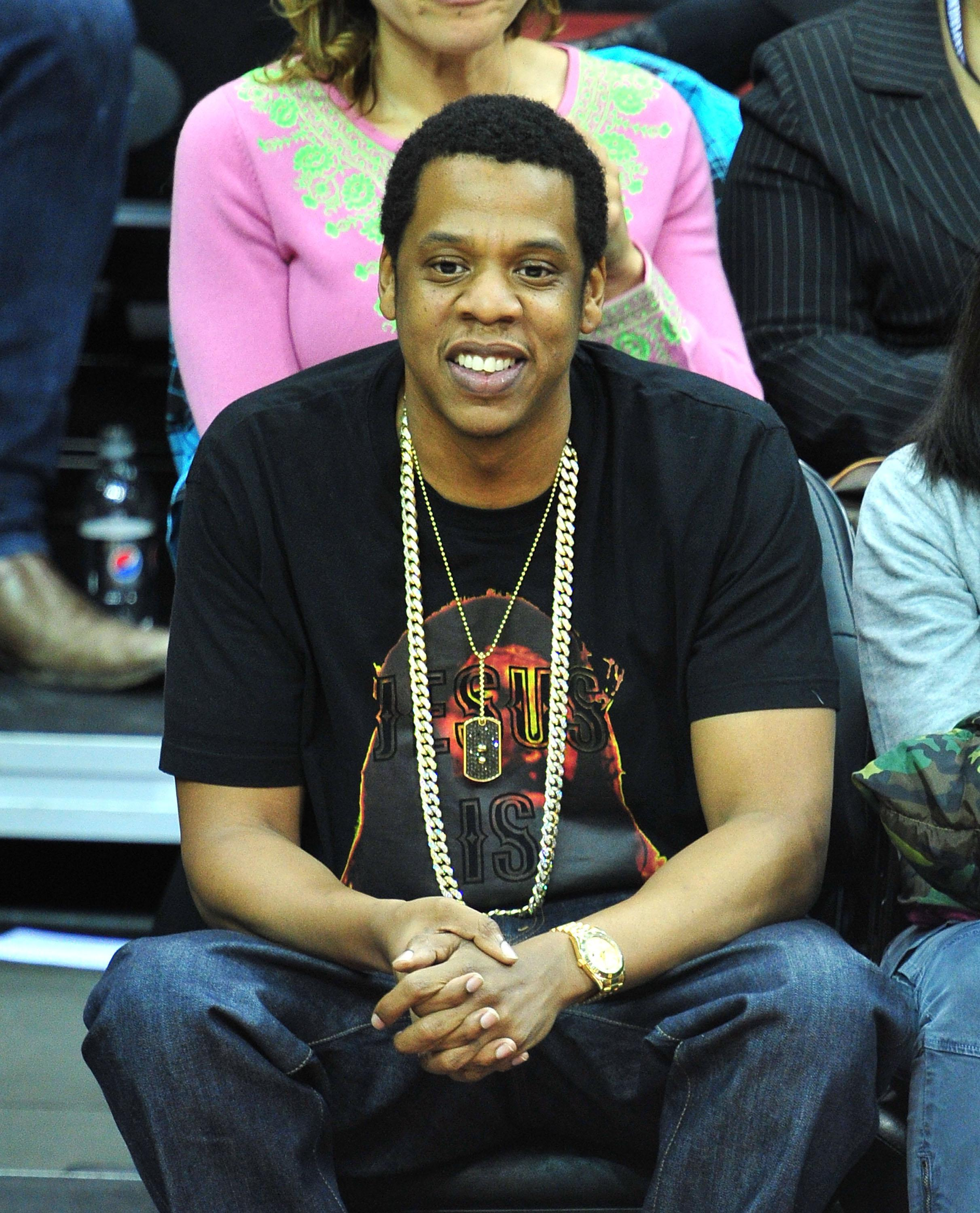 Celebrities Attend The Los Angeles Clippers Vs New Jersey Nets Game - March 11, 2011